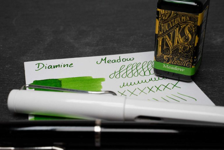 diamine meadow tdm 770x515 - Diamine Meadow - Tinte des Monats